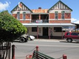 Photo of Maclean Hotel