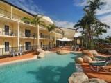 Photo of Cairns Queenslander Hotel & Apartments