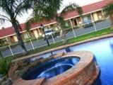 Photo of Best Western Pines Country Club Motor Inn
