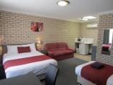 Photo of Cowra Crest Motel